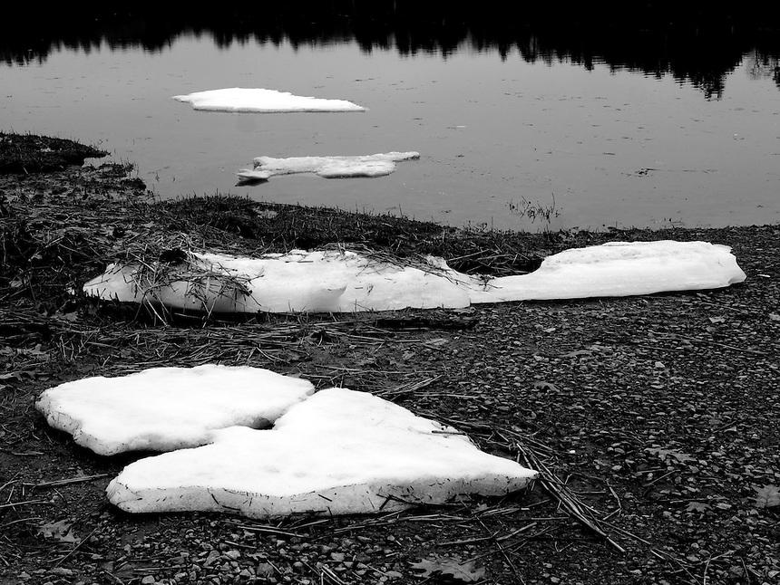 Ice, Salmon Falls River, South Berwick