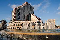 Asie/Israel/Tel-Aviv-Jaffa: l'Opéra Tower sur le Front de mer