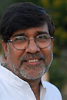 INDIA Rajasthan, Bal ashram for rescued child labourer, human rights activist Kailash Satyarthi, NGO BBA / SACCS which fight for child rights and against child labour, awarded 2014 with peace Nobel prize / INDIEN Rajasthan, Bal ashram fuer befreute Kinderarbeiter, Menschenrechtler und Aktivist Kailash Satyarthi von der NGO BBA / SACCS, die fuer Kinderrechte und gegen  Kinderarbeit kaempfen, er wird 2014 mit dem Friedensnobelpreis geehrt