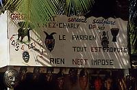 Afrique/Afrique de l'Ouest/Sénégal/Basse-Casamance/Ziguinchor : Marché artisanal