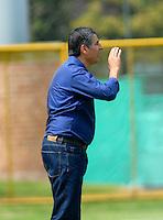 BOGOTA - COLOMBIA -12 -03-2016: Santiago Escobar, tecnico de La Equidad, durante partido entre La Equidad y Alianza Petrolera, por la fecha 9 de la Liga Aguila I-2016, jugado en el estadio Metropolitano de Techo de la ciudad de Bogota. / Santiago Escobar, coach of La Equidad, during a match between La Equidad and Alianza Petrolera, for the  date 9 of the Liga Aguila I-2016 at the Metropolitano de Techo Stadium in Bogota city, Photo: VizzorImage  / Luis Ramirez / Staff.