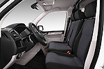 Front seat view of 2016 Volkswagen Transporter-Furgon - 4 Door Cargo Van Front Seat  car photos