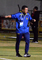 TUNJA-COLOMBIA, 29-10-2019: Diego Corredor, técnico de Patriotas Boyacá, durante partido de la fecha 20 entre Patriotas Boyacá y Alianza Petrolera, por la Liga Águila II 2019, jugado en el estadio La Independencia de la ciudad de Tunja. / Diego Corredor, coach of Patriotas Boyaca during a match of the 20th date between Patriotas Boyaca and Alianza Petrolera, for the Aguila Leguaje II 2019 played at the La Independencia stadium in Tunja city. / Photo: VizzorImage / José Miguel Palencia / Cont.