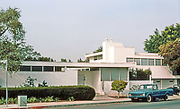Rudolph Schindler: Buck House, 8th & Genesee, Los Angeles 1934.