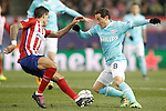 Atletico de Madrid's Augusto Fernandez (l) and PSV Eindhoven's Andres Guardado during UEFA Champions League match. March 15,2016. (ALTERPHOTOS/Acero)