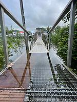 Ueberschwemmter Zugang beim Yachtclub Erfelden - Suedhessen 15.07.2021: Hochwasser am Rhein des suedhessischen Ried