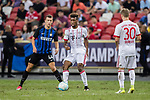 Bayern Munich Forward Kingsley Coman (C) in action against FC Internazionale Forward Ivan Perisic (L) during the International Champions Cup match between FC Bayern and FC Internazionale at National Stadium on July 27, 2017 in Singapore. Photo by Marcio Rodrigo Machado / Power Sport Images