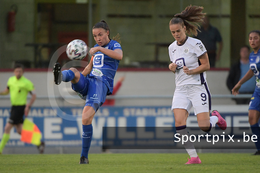 Silke Vanwynsberghe (21) of AA Gent Ladies and Amber Maximus (9) of Anderlecht pictured during a female soccer game between RSC Anderlecht Dames and AA Gent Ladies  on the fourth matchday of the 2021 - 2022 season of Belgian Womens Super League , friday 10 th of September 2021 in Overijse , Belgium . PHOTO SPORTPIX | DIRK VUYLSTEKE