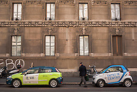 "Milano, le vetture di due compagnie di car sharing, e-vai e car2go --- Milan, the cars of two car sharing companies, ""e vai"" and ""car2go"""