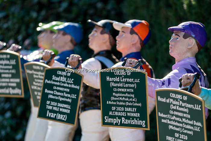 November 6, 2020: Lawn jockeys decorate the paddock at Keeneland Racetrack in Lexington, Kentucky, on Friday, November 6, 2020. Scott Serio/Eclipse Sportswire/Breeders Cup/CSM