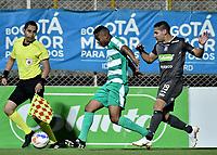 BOGOTÁ -COLOMBIA, 30-09-2018: Amaury Torralvo (Izq) de La Equidad disputa el balón con David Gomez (Der) de Once Caldas durante partido por la fecha 12 de la Liga Águila II 2018 jugado en el estadio Metropolitano de Techo de la ciudad de Bogotá. / Amaury Torralvo (L) player of La Equidad fights for the ball with David Gomez (R) player of Once Caldas during match for the date 12 of the Aguila League II 2018 played at Metropolitano de Techo stadium in Bogotá city. Photo: VizzorImage/ Gabriel Aponte / Staff