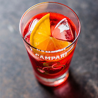 Italie, Lombardie, Milan, Bitter Campari, apéritif  //Italy, Lombardy, Milan,  Bitter Campari Apéritif,  Campari is an alcoholic liqueur, considered an apéritif - Stylisme : Valérie LHOMME
