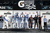 #73 LA Honda World Racing Honda Civic TCR, TCR: Shelby Blackstock, Colin Mullan, Mat Pombo, #37 LA Honda World Racing Honda Civic TCR, TCR: Tom O'Gorman, Mike LaMarra, N. Galante, J. Vance , J. Salinsky, N. Galante / J. Vance / J. Salinskyo/