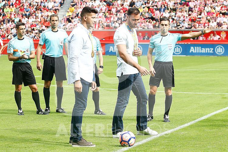 The Olympic canoeists Saúl Craviotto and Cristian Toro, gold in Rio in K-2, made the honor kick before Sporting de Gijon v FC Barcelona La Liga match. September 24,2016. (ALTERPHOTOS/Acero)