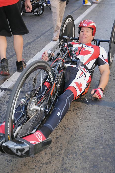 Rico Morneau, Guadalajara 2011 - Para Cycling // Paracyclisme.<br /> Rico Morneau before his road race // Rico Morneau avant sa course sur route. 11/12/2011.