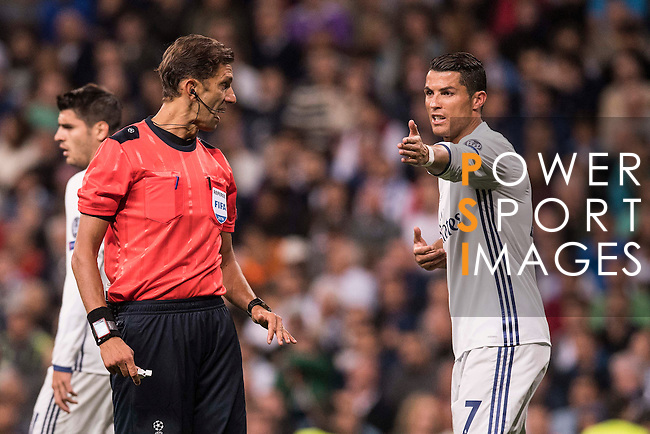 Cristiano Ronaldo of Real Madrid talks to the referee during their 2016-17 UEFA Champions League match between Real Madrid vs Sporting Portugal at the Santiago Bernabeu Stadium on 14 September 2016 in Madrid, Spain. Photo by Diego Gonzalez Souto / Power Sport Images