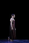 WHITE DARKNESS....Choregraphie : DUATO Nacho..Compositeur : JENKINS Karl..Compagnie : Ballet de l Opera National de Paris..Decor : CHALABI Jaffar..Lumiere : CABOORT Joop..Costumes : FRIAS Lourdes..Avec :..GILLOT Marie Agnes..Lieu : Opera Garnier..Ville : Paris..Le : 28 04 2009..© Laurent PAILLIER / photosdedanse.com
