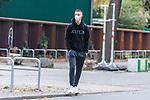 16.10.2020, Trainingsgelaende am wohninvest WESERSTADION - Platz 12, Bremen, GER, 1.FBL, Werder Bremen Training<br /> <br /> Ankunft der Spieler am Freitag mittag mit mit CORONA Alltagsmasken (Mund-Nasen-Bedeckung) zum Abschlusstraining vor dem Auswaertsspiel gegen FC Freiburg<br /> <br /> Marco Friedl (Werder Bremen #32)<br /> <br /> Foto © nordphoto / Kokenge