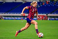 SAITAMA, JAPAN - JULY 24: Lindsey Horan #9 of the United States attacking during a game between New Zealand and USWNT at Saitama Stadium on July 24, 2021 in Saitama, Japan.