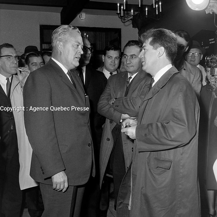 Jean Lesage et Jean Marchand<br />  durant la<br /> Campagne electorale Liberale Federale,  12 Oct 1965<br /> <br /> Photo: Photo Moderne - Agence Quebec Presse