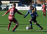 Dames Zulte Waregem - Club Brugge : Silke Demeyere aan de bal.foto Joke Vuylsteke / Vrouwenteam.be