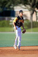 Johnny Castagnozzi during the WWBA World Championship at the Roger Dean Complex on October 20, 2018 in Jupiter, Florida.  Johnny Castagnozzi is a shortstop from Massapequa, New York who attends Massapequa High School and is committed to North Carolina.  (Mike Janes/Four Seam Images)