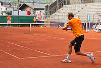 Austria, Kitzbuhel, Juli 14, 2015, Tennis, Davis Cup, Training Dutch team, Thiemo de Bakker returns a ball to Robin Haase<br /> Photo: Tennisimages/Henk Koster