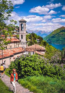 Schweiz, Tessin, Bergdorf Monte Bre oberhalb des Luganer Sees   Switzerland, Ticino, mountain village Monte Bre above Lago Lugano