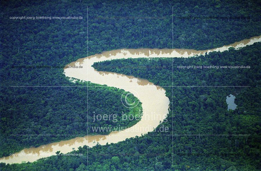 BRAZIL, Amazon, river and rainforest / BRASILIEN Amazonas, Fluß und Tropischer Regenwald