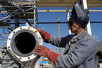 Garadag, Azerbaijan, 08/10/2003..Construction work on the Sangachal Terminal expansion programme, part of the plan to build a pipeline for oil exports from Azerbaijan through Georgia to Ceyhan in Turkey.....