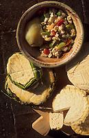 """Amérique/Amérique du Sud/Pérou/Arequipa : Salade avec fromage """"Sollerito"""""""