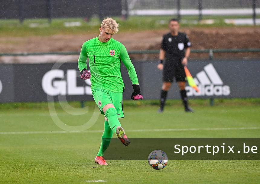 goalkeeper Peder Hoel Lervik (1) of Norway pictured in action during a soccer game between the national teams Under17 Youth teams of  Norway and Belgium on day 3 in the Qualifying round in group 3 on Tuesday 12 th of October 2020  in Tubize , Belgium . PHOTO SPORTPIX   DAVID CATRY