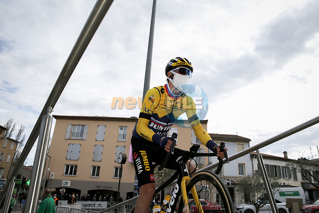 Yellow Jersey Primoz Rogloc (SLO) Team Jumbo-Visma at sign on before Stage 6 of Paris-Nice 2021, running 202.5km from Brignoles to Biot, France. 12th March 2021.<br /> Picture: ASO/Fabien Boukla | Cyclefile<br /> <br /> All photos usage must carry mandatory copyright credit (© Cyclefile | ASO/Fabien Boukla)