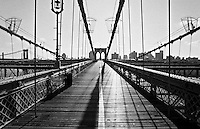 Die Brooklyn Bridge.<br /> New York City, 1.1.1999<br /> Copyright: Christian Ditsch/version