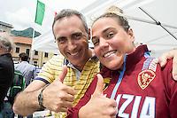 Martina Grimaldi Fiamme Oro con Emanuele Sacchi<br /> 10 km donne<br /> Omegna (Verbania), Lago D'Orta<br /> FIN 2016 Campionato Italiano Assoluto Nuoto di Fondo <br /> <br /> Day 02 11-06-2016<br /> Photo Laura Binda/Deepbluemedia/Insidefoto