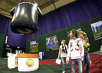 7-2-10, Rotterdam, Tennis, ABNAMROWTT, ballkids, kidsplaza