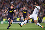Harry Kane of Tottenham Hotspur FC (L) fights for the ball with Raphael Varane of Real Madrid (R) during the UEFA Champions League 2017-18 match between Real Madrid and Tottenham Hotspur FC at Estadio Santiago Bernabeu on 17 October 2017 in Madrid, Spain. Photo by Diego Gonzalez / Power Sport Images