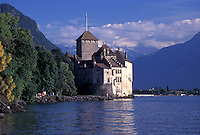 Chateau de Chillon, Switzerland, Alps, castle, Montreux, Lake Geneva, Vaud, Scenic view of Chateau de Chillon an 13th century fortress surrounded by the Alps along the lakeshore of Lac Leman in the Canton of Vaud.