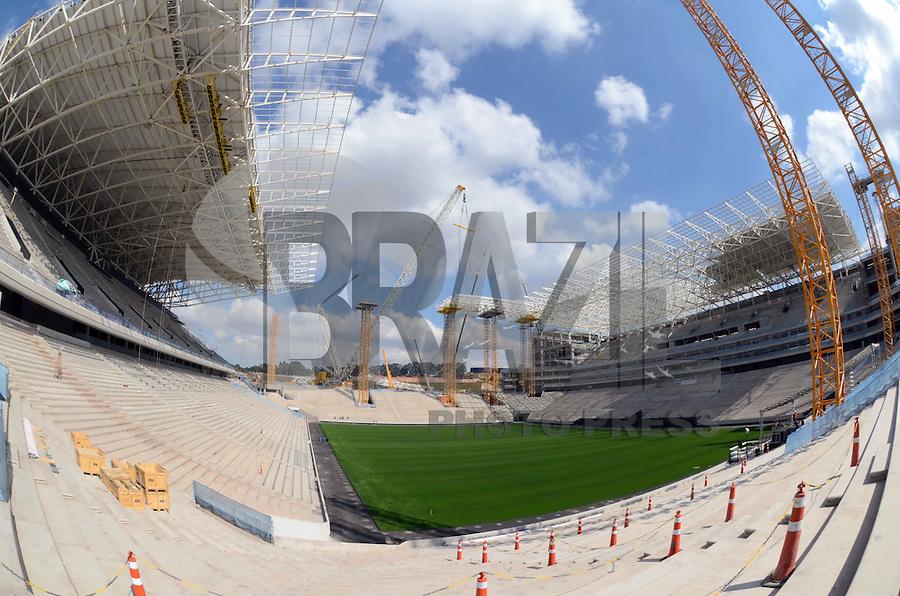 SAO PAULO SP, 19.08.2013 - ARENA CORINTHIANS - OBRAS - Canteiro de obras da Arena Corinthians, em Itaquera, na zona leste da capital paulista, que receberá a abertura da Copa de Mundo 2014, nesta segunda-feira (19). (Foto: Alan Morici / Brazil Photo Press).