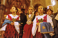 - traditional celebrations of the Easter, celebration of the orthodox Easter in Piana degli Albanesi....- celebrazioni tradizionali della Pasqua, celebrazione della Pasqua ortodossa a Piana degli Albanesi