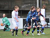 Club Brugge Dames - Heerenveen : Angelique De Wulf scoort de strafschop <br /> foto Joke Vuylsteke / nikonpro.be