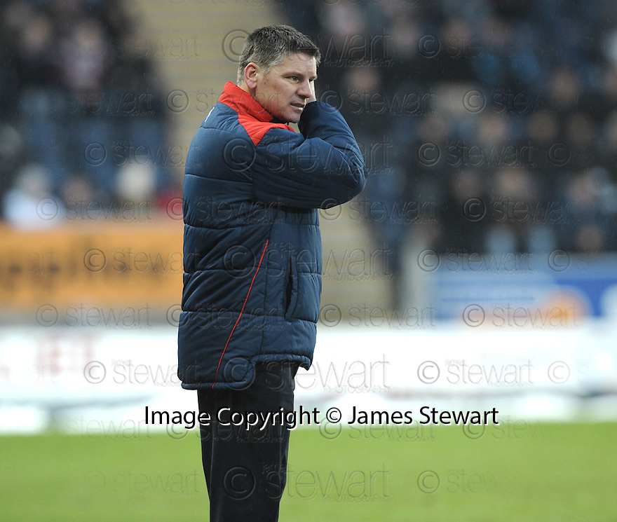 26/12/2009  Copyright  Pic : James Stewart.sct_jspa21_falkirk_v_hearts  .:: FALKIRK MANAGER EDDIE MAY :: .James Stewart Photography 19 Carronlea Drive, Falkirk. FK2 8DN      Vat Reg No. 607 6932 25.Telephone      : +44 (0)1324 570291 .Mobile              : +44 (0)7721 416997.E-mail  :  jim@jspa.co.uk.If you require further information then contact Jim Stewart on any of the numbers above.........