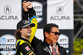 #26: Colton Herta, Andretti Autosport w/ Curb-Agajanian Honda receives the winners trophy from Honda America president Shinji Aoyama