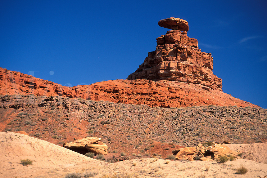 Mexican Hat, eroded red sandstone rock formation, Mexican Hat, southern Utah.