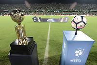 MEDELLÍN -COLOMBIA-10-05-2017: El trofeo y el balón del juego de recopa son vistos previo al partido de vuelta entre Atlético Nacional de Colombia y Chapecoense por la final de la CONMEBOL Recopa Sudamericana 2017 jugado en el estadio Atanasio Girardot de la ciudad de Medellín. / The trophy and the ball are seen priot the final second leg match between Atletico Nacional of Colombia and Chapecoense of Brazil for the CONMEBOL Recopa Sudamericana 2017 played at Atanasio Girardot stadium in Medellin city. Photo: VizzorImage / Gabriel Aponte / Staff