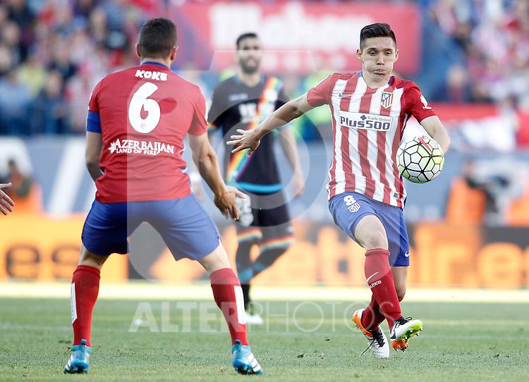 Atletico de Madrid's Matias Kranevitter (r) and Koke Resurrecccion during La Liga match. April 30,2016. (ALTERPHOTOS/Acero)