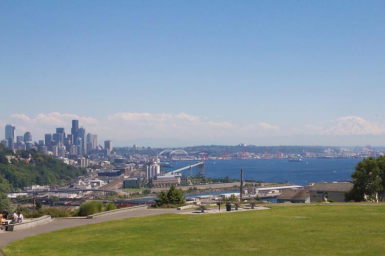 Seattle, Magnolia, Ella Bailey Park, Seattle skyline, Seattle parks,