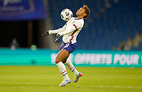 LE HAVRE, FRANCE - APRIL 13: Crystal Dunn #19 of the United States traping the ball during a game between France and USWNT at Stade Oceane on April 13, 2021 in Le Havre, France.