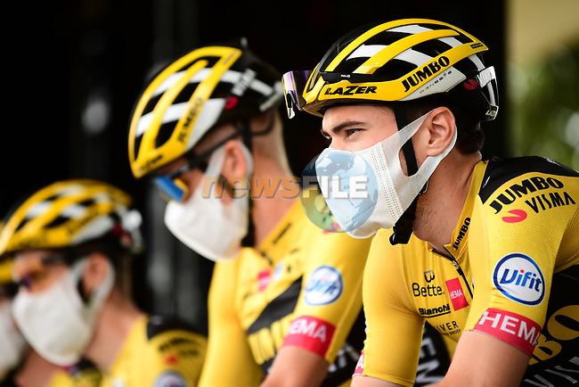 Tom Dumoulin (NED) and Team Jumbo-Visma at sign on before the start of Stage 9 of Tour de France 2020, running 153km from Pau to Laruns, France. 6th September 2020. <br /> Picture: ASO/Alex Broadway | Cyclefile<br /> All photos usage must carry mandatory copyright credit (© Cyclefile | ASO/Alex Broadway)