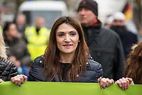 """Ca. 800 Menschen folgten am Samstag den 17. Februar 2018 in Berlin dem Aufruf der AfD-Frau Leyla Bilge zu einem sog. """"Marsch der Frauen"""". Sie demonstrierten gegen Zuwanderung und Fluechtlinge, die """"nur nach Deutschland kommen um hier Frauen zu schaenden"""" so einige Teilnehmer.<br /> Der rechte Aufmarsch wurde nach 750 Metern durch Strassenblockaden von ca. 2.000 Menschen gestoppt. Leyla Bilge weigerte sich als Anmelderin drei Stunden lang den blockierten  Aufmarsch zu beenden und forderte von der Polizei die Blockaden zu raeumen. Ein Raeumungsversuch der Polizei scheiterte, da es zu viele Menschen waren, die auf der Strasse sassen.<br /> Nach drei Stunden beendete Bilge den Aufmarsch. Die Demosntranten, unter ihnen etliche Neonazis, sog. """"Identitaere"""" und AfD-Politiker zogen darauf ab und griffen dabei Gegendemosntranten und Polizeibeamte an. Mehrere Personen wurden festgenommen. Ein Teil fuhr zum Kanzleramt, dem urspruenglichen Ziel des Aufmarsches.<br /> Im Bild: Leyla Bilge.<br /> 17.2.2018, Berlin<br /> Copyright: Christian-Ditsch.de<br /> [Inhaltsveraendernde Manipulation des Fotos nur nach ausdruecklicher Genehmigung des Fotografen. Vereinbarungen ueber Abtretung von Persoenlichkeitsrechten/Model Release der abgebildeten Person/Personen liegen nicht vor. NO MODEL RELEASE! Nur fuer Redaktionelle Zwecke. Don't publish without copyright Christian-Ditsch.de, Veroeffentlichung nur mit Fotografennennung, sowie gegen Honorar, MwSt. und Beleg. Konto: I N G - D i B a, IBAN DE58500105175400192269, BIC INGDDEFFXXX, Kontakt: post@christian-ditsch.de<br /> Bei der Bearbeitung der Dateiinformationen darf die Urheberkennzeichnung in den EXIF- und  IPTC-Daten nicht entfernt werden, diese sind in digitalen Medien nach §95c UrhG rechtlich geschuetzt. Der Urhebervermerk wird gemaess §13 UrhG verlangt.]"""